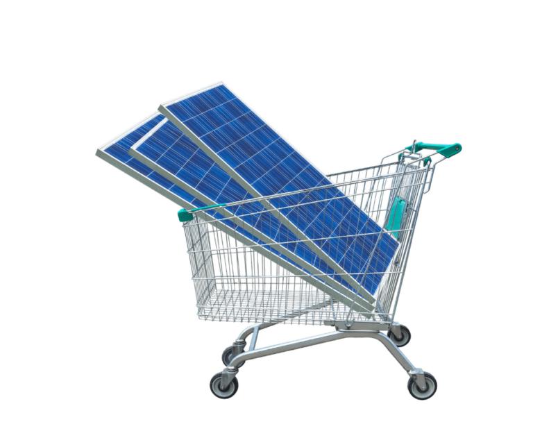 carrello con moduli fotovoltaici