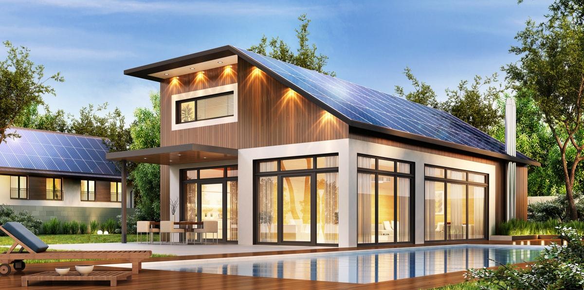 villa illuminata tramite l'energia solare generata dal fotovoltaico con accumulo