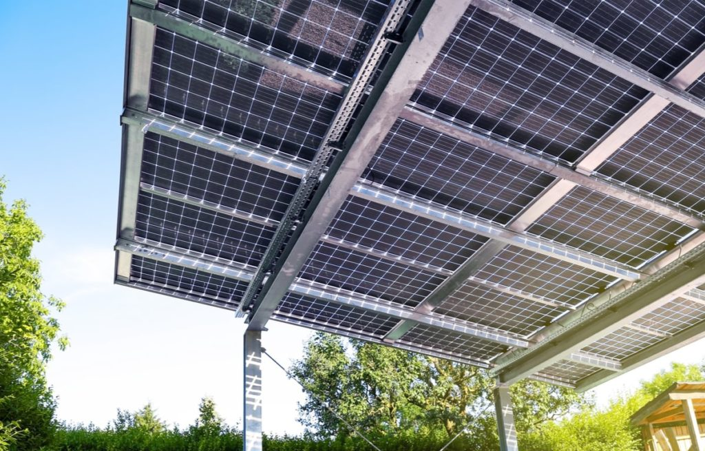 pensilina fotovoltaica in acciaio zincato